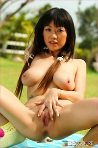 Gorgeous Jenny Wu 11