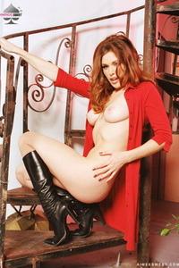 Aimee Sweet 03