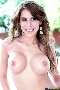 Busty Aleksa Nicole Shows Her Sexy Nude Body 01