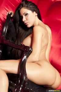 Sexy Nude Babe Aleksa Nicole 02