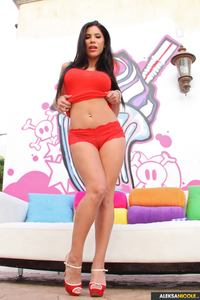 Aleksa Nicole Huge Pink Toy 00