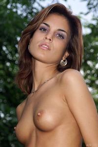 Sexy Nella In Tiny Bikini 01