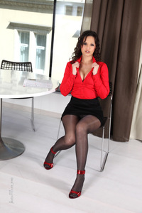 Eve Angel Black Pantyhose And Red Heels 02