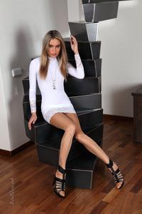 Veronika Fasterova Shiny Pantyhose 04