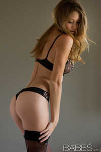 Amber Sym 01