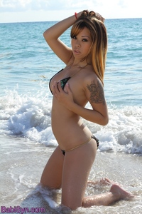 Sexy Girl Babi Syn Gets Naked At The Beach 06