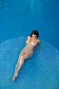 Breathtaking Nude Ana Karoline Poolside 02