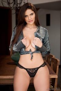 Thais Dornelle Nice Round Breasts 00