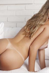 Luana Dos Santos Sweet Blonde  11