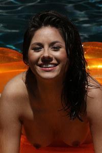 Shyla Jennings Pool 08