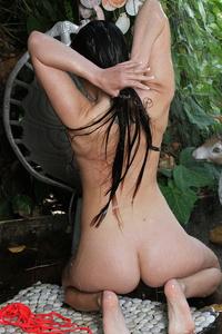 Lola Foxx Drops Her Bikini Off 02