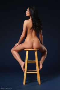 Rachelle Gorgeous naked Body 05