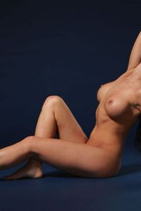 Rachelle Gorgeous naked Body 09