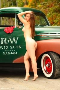 Milena Presenting Her Nice Body 03