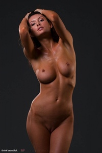 Klaudia Shows Her Amazing Nude Body 07