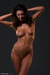 Klaudia Shows Her Amazing Nude Body 08