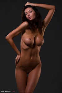 Klaudia Shows Her Amazing Nude Body 09