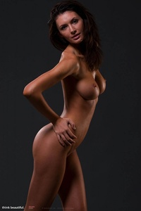 Klaudia Shows Her Amazing Nude Body 11
