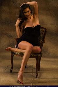 Petula Chair 02