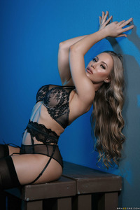 Busty Babe Nicole Aniston In Hot Black Stockings 01