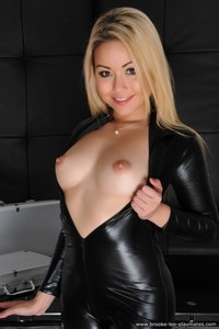 Blond Beauty Petra Strips Nude 03