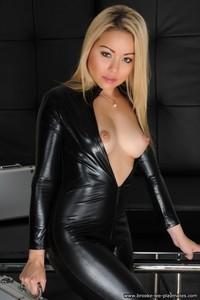 Blond Beauty Petra Strips Nude 05