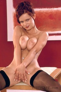 Renata Stockings 13