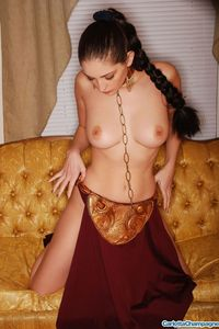 Carlotta Champagne Slave 08