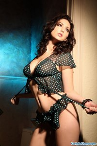 Carlotta Amazing In Her Dotted Lingerie 10