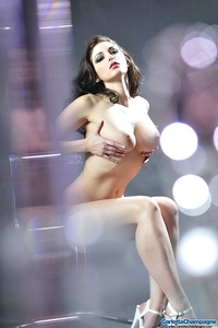 Carlotta Champagne Hot Nude Body 11