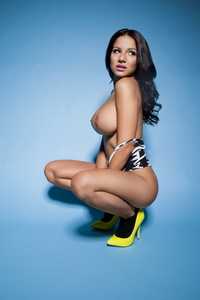 Lacey Banghard Very Hot Topless Pictures 04