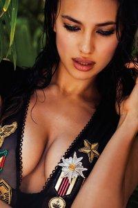 Irina Shayk Sexy Bikini Photoshoot 00