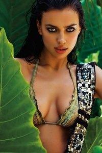 Irina Shayk Sexy Bikini Photoshoot 03
