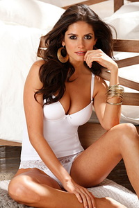 Amazing Beauty Lingerie Model Carla Ossa 12