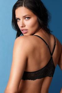 Amazing Beauty Adriana Lima Sexy Lingerie Photos 07