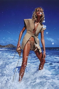 Anja Rubik Topless Pictures 14