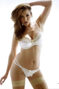 Imogen Thomas Lingerie Photo Gallery 09