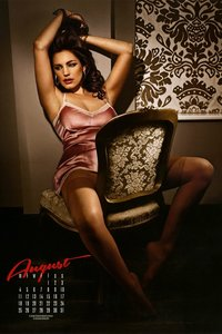 Kelly Brook Sexy Calendar Babe 08