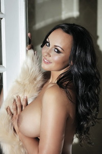 Chanelle Hayes Showing Off Her Amazing Big Boobs 07