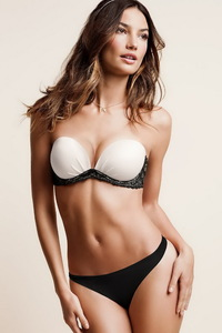 Beautiful Lily Aldridge Sexy Lingerie Photo Gallery 07