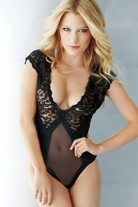 Beautiful Ashley Hinshaw Sexy Lingerie Photoshoot 10