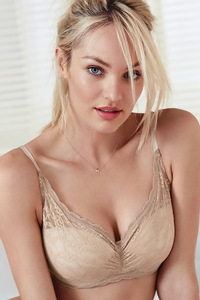 Blond Beauty Model Candice Swanepoel Hot Lingereie Photos 07