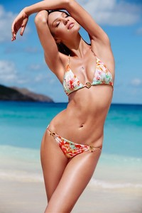 Candice Swanepoel Victoria's Secret Swim 2014 Photoshoot 04