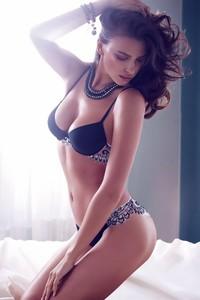 Irina Shayk Lingerie 13
