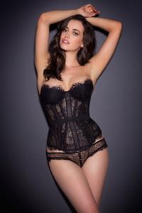 Sarah Stephens Breathtaking 14