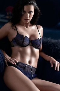 Adriana Lima Hot Lingerie Photos 00
