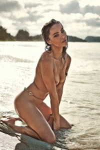 Nicole Meyer Nude Beach Photos 00