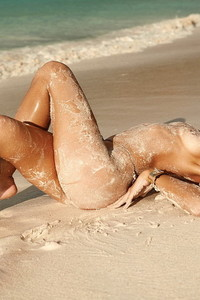 Nicole Meyer Nude Beach Photos 08