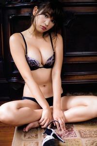 Sexy Hot Ikumi Hisamatsu Posing In Lingerie Sets 03