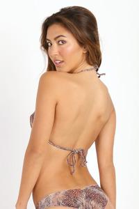 Leila Thomas In Sexy Bikini Collection 00